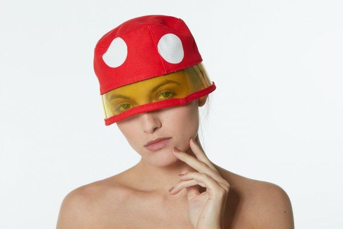 superleggero_buckethat_luna_vinyl_yellow